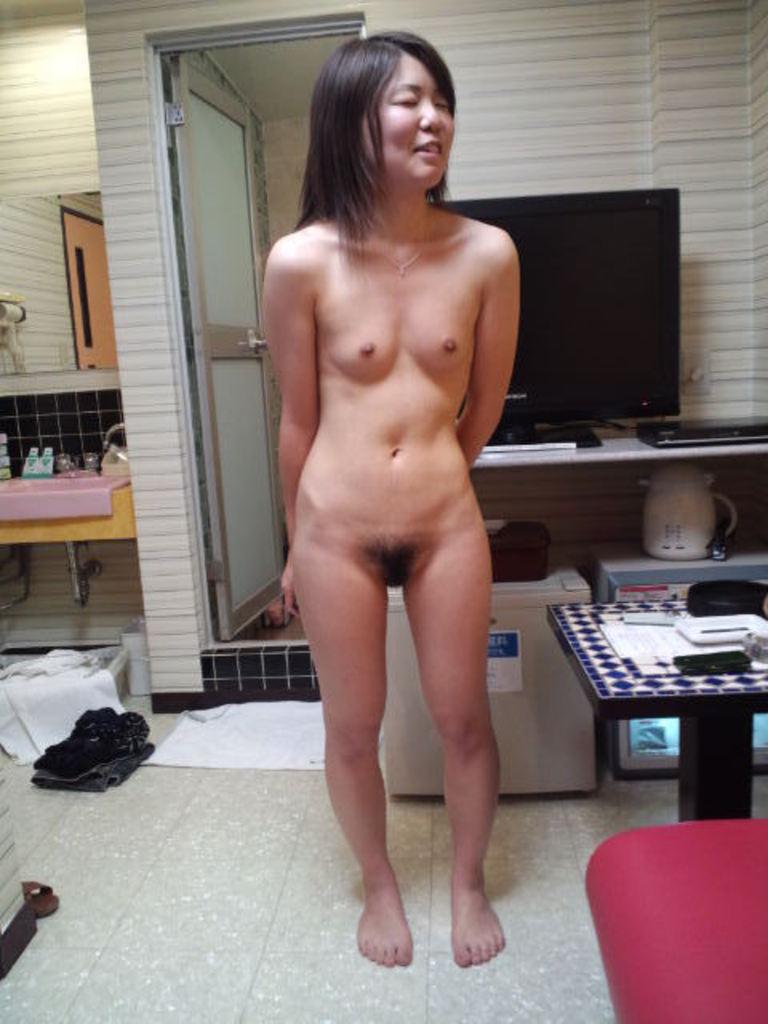 全裸熟女 画像